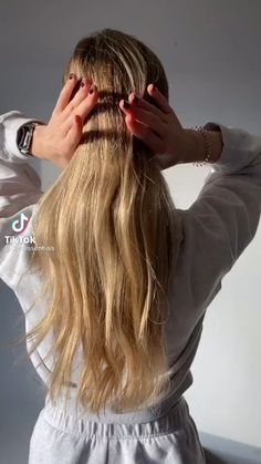 Clip Hairstyles, Easy Hairstyles For Long Hair, Pretty Hairstyles, Hair Inspo, Hair Inspiration, Medium Hair Styles, Curly Hair Styles, Shot Hair Styles, Aesthetic Hair