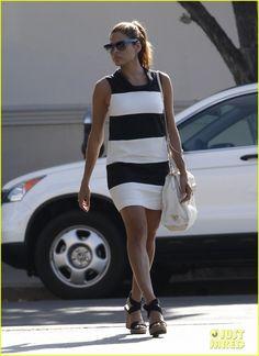 Eva Mendes: Striped Starbucks Stop