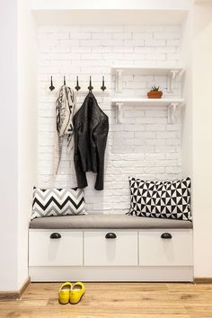 diy mudroom & entryway storage ideas (for very small spaces) 4 Small Couches Living Room, Ikea Living Room, Living Room Sets, Bedroom Sets, Entryway Storage, Entryway Decor, Room Setup, Room Wallpaper, Modern Living