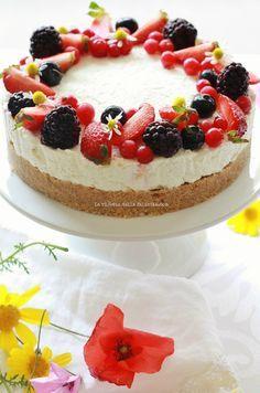 La ricetta della felicità: Cheesecake senza forno al lime e frutti di bosco... e tanti auguri a tutte le mamme!
