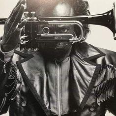 Jazz Artists, Jazz Musicians, Music Artists, Miles Davis, Writing Inspiration, Black History, Album Covers, Photo Art, Portraits