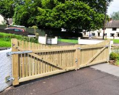 Redwood Driveway Gates.   The Wooden
