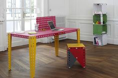 Meccano-Furniture-2