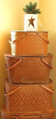 love picnic baskets!