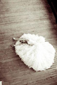 Classic Chic Brides / The LANE's Love Nostalgia Editorial (instagram: the_lane)