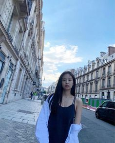 Image uploaded by xviidirr__. Find images and videos about kpop, rose and blackpink on We Heart It - the app to get lost in what you love. Kim Jennie, Yg Entertainment, South Korean Girls, Korean Girl Groups, Jen Jen, Rapper, How To Pose, Kpop Girls, Idole