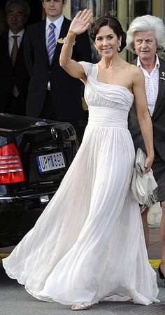 Princess Mary in Stockholm for Princess Victoria's wedding