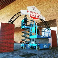 Putting up a second archway at a private gala at the Vancouver Convention Centre #signage #vancouver #largeformat #cmyk