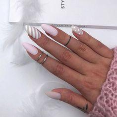 Winter Nails Designs - My Cool Nail Designs White Nails, Pink Nails, Nails 2018, Trendy Nail Art, Manicure E Pedicure, Super Nails, Christmas Nails, Nails Inspiration, Pretty Nails