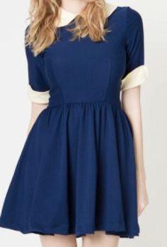 Peterpan collar dress