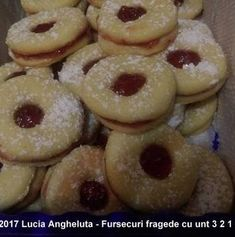 Fursecuri fragede cu unt 3 2 1 | Savori Urbane Unt, Doughnut, Cookie Recipes, Biscuits, Cookies, Desserts, Activities, Food, Canning