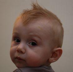 Newborn hair cut - 50 baby boy haircuts for your lovely todd Baby Boy Hairstyles, Baby Boy Haircuts, Baby's First Haircut, Grey Nursery Boy, Baby Boy Crochet Blanket, Boy Photo Shoot, Baby Boy Themes, Baby Boy Photos, Baby Shower Decorations For Boys