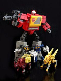 Cartoon Style Blaster w/ Rewind Eject Ramhorn & Steeljaw Lego Transformers, Transformers Generation 1, Transformers Action Figures, Transformers Masterpiece, Retro Toys, Vintage Toys, Gi Joe, Old School Toys, Vinyl Toys