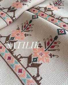Border Embroidery Designs, Cross Stitch Embroidery, Cross Stitch Patterns, Paper Towel Roll Crafts, Cross Stitch Geometric, Russian Crochet, Bargello, Baby Knitting Patterns, Crochet Stitches