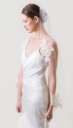 SandraBridal Wedding Veil Corded lace veil by MarisolAparicio
