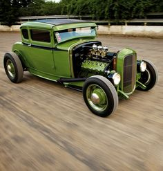 Ford Model A Coupe, Deuce Grill, Lincoln Flathead V-12 Engine