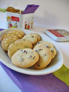 Galletas de mantequilla con pistachos y arándanos rojos :: Máslové sušenky s pistáciemi a brusinkami