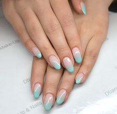 Spring pink and blue pastel ombré nails. Diamond Cosmetics Semilac: 002, 072, 073