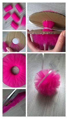 Production de pompons et de tulle! ,  #pompons #production #tulle