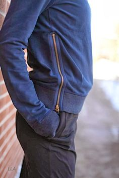 Future Varsity Pullover in inkwell