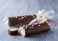 Marcipanbrød med tranebær og lakrids - Odense Marcipan.  2015 version er UDEN lakrids, men med tørrede hindbær og lidt havtorn drik, samt cornflakes crunch ( fyld som i org. opskrift ( hvid chokolade+fløde og tranebær)