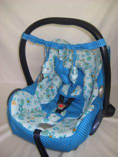 Hier habe ich ein süßes Mobile für die Babyschale oder auch Kinderwagen.    Ob zu Hause oder während der Fahrt, die süßen Figuren sorgen für Ablenk...