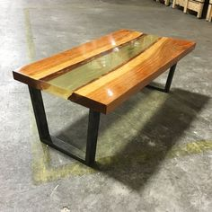 Amazing Resin Table Made From YearOld Wood Woods Resin - This amazing resin table is made using 50000 year old wood