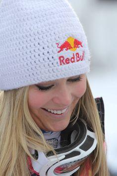 Lindsey Vonn Winning the Women's Alpine Skiing Downhill World Cup