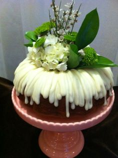 Nothing Bundt cakes | Brown Floral: More Nothing Bundt Cakes!
