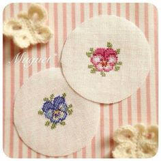This Pin was discovered by Gül Small Cross Stitch, Cross Stitch Flowers, Cross Stitch Designs, Cross Stitch Patterns, Cross Stitching, Cross Stitch Embroidery, Embroidery Patterns, Silk Ribbon Embroidery, Hand Embroidery