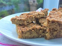 These banana flapjack bars are the perfect snack for toddlers and children! They can be frozen for 6 weeks and take just 30 minutes to defrost Sunny absolutely loves them and it is so nice to have …