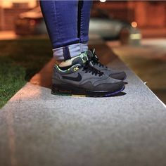 """""""@alex_rowntree with the nighttime AirMax1 BHM's on foot  thanks for tagging #wearyourair"""""""