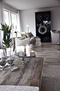 Beautiful Sophisticated Modern Shabby Chic Living Room/Dining Room! <3