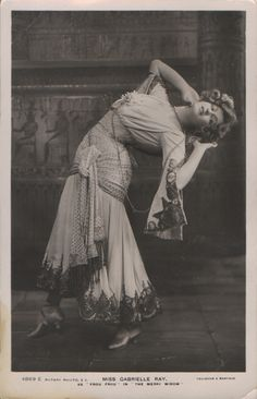Gabrielle Ray (1883-1973) in The Merry Widow