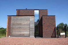 Vandersandengroup Parma, Brick Images, Adobe, Black Brick, Brick Patterns, Brick Building, Habitats, Ramen, Bricks