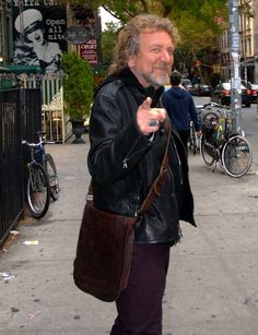 Are you following me? Robert Plant