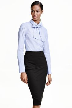 Camisa de algodão com laçada: 20 euros hm