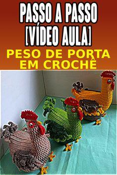 Baby Dress, Fashion Bags, Crochet Baby, Dinosaur Stuffed Animal, Crochet Birds, Crochet Baby Dresses, Beautiful Crochet, Crochet Decoration, Peso De Porta