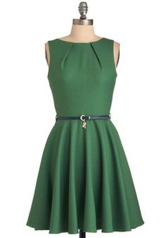 Luck Be a Lady Dress in Green, #ModCloth with a gold belt and gold shoes