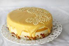 Tort cu lămâie și cocos Romanian Desserts, Romanian Food, Cookie Recipes, Dessert Recipes, Pavlova, Something Sweet, Lemon Curd, Coco, Sweet Treats