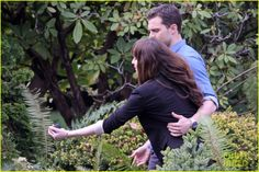 Dakota Johnson & Jamie Dornan Wear Wedding Rings on 'Fifty Shades' Set!