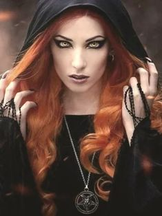 Top Gothic Fashion Tips To Keep You In Style. As trends change, and you age, be willing to alter your style so that you can always look your best. Consistently using good gothic fashion sense can help Goth Beauty, Dark Beauty, Makeup Gothic, Vampires, Goth Subculture, Vampire Girls, Gothic Vampire, Gothic Models, Goth Women
