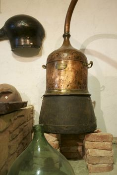 TSIPOURO PRODUCTION Recycled Lamp, Braided Waves, Make A Lamp, Mason Jar Lamp, Greek Recipes, Crete, Beverages, Drinks, Bottles
