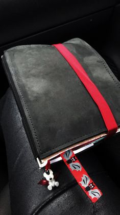 Mein Roterfaden Taschenbegleiter - New Ideas Roterfaden, Leather Journal, Edc, Notebooks, Journals, Messenger Bag, Bags, Tools, Writing