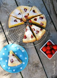 Strawberry and yogurt cake