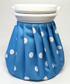 This Light Blue Polka Dot Vintage Ice Bag by Blue No.7 is perfect! #zulilyfinds