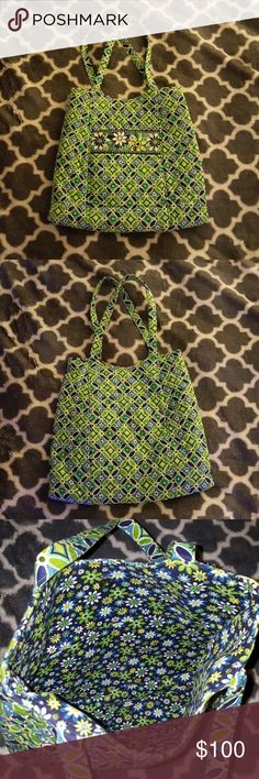 NWOT Vera Bradley Daisy Daisy Tote -Retired!! Very Bradley daisy daisy beach tote.  Floral print inside, same color scheme.  One outer pocket. Interior features - Two small inside pockets. One bigger zip pocket. Magnetic snap closure.  NWOT - Never been used.  <Same or next day shipping> Vera Bradley Bags Shoulder Bags
