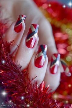 ARTISTICS NAILS WITH NAIL ART | Style And Fashion