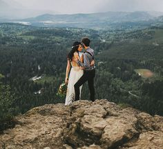 25 Jaw Dropping Spots That Will Make You Want to Elope | Rattlesnake Ridge