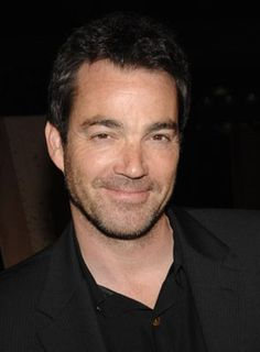 Jon Tenney as Sean King on King and Maxwell
